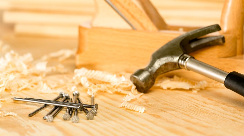 What Type of Insurance Do You Need As a Carpenter